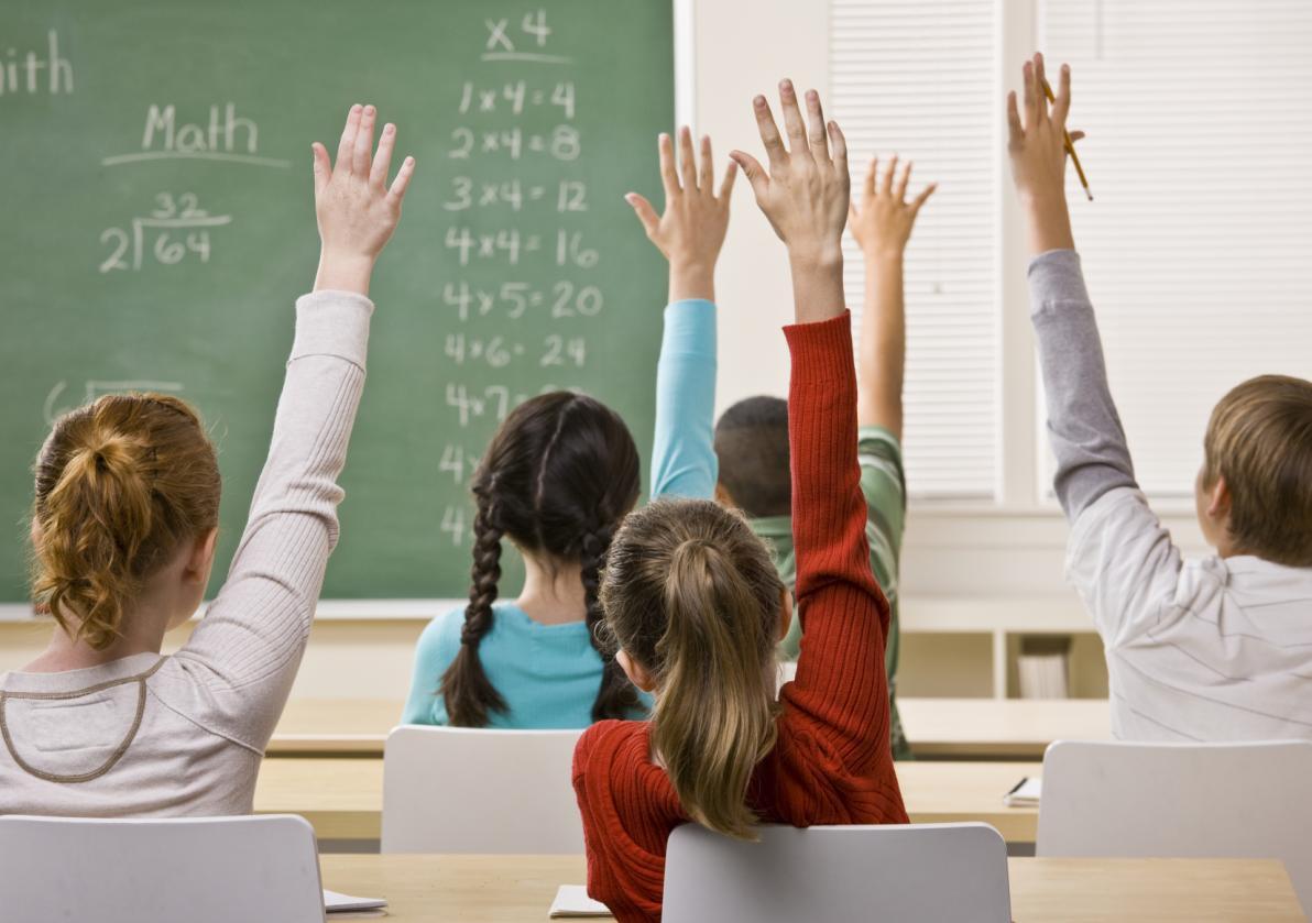 #111 – Basta mezzo servizio per la scuola